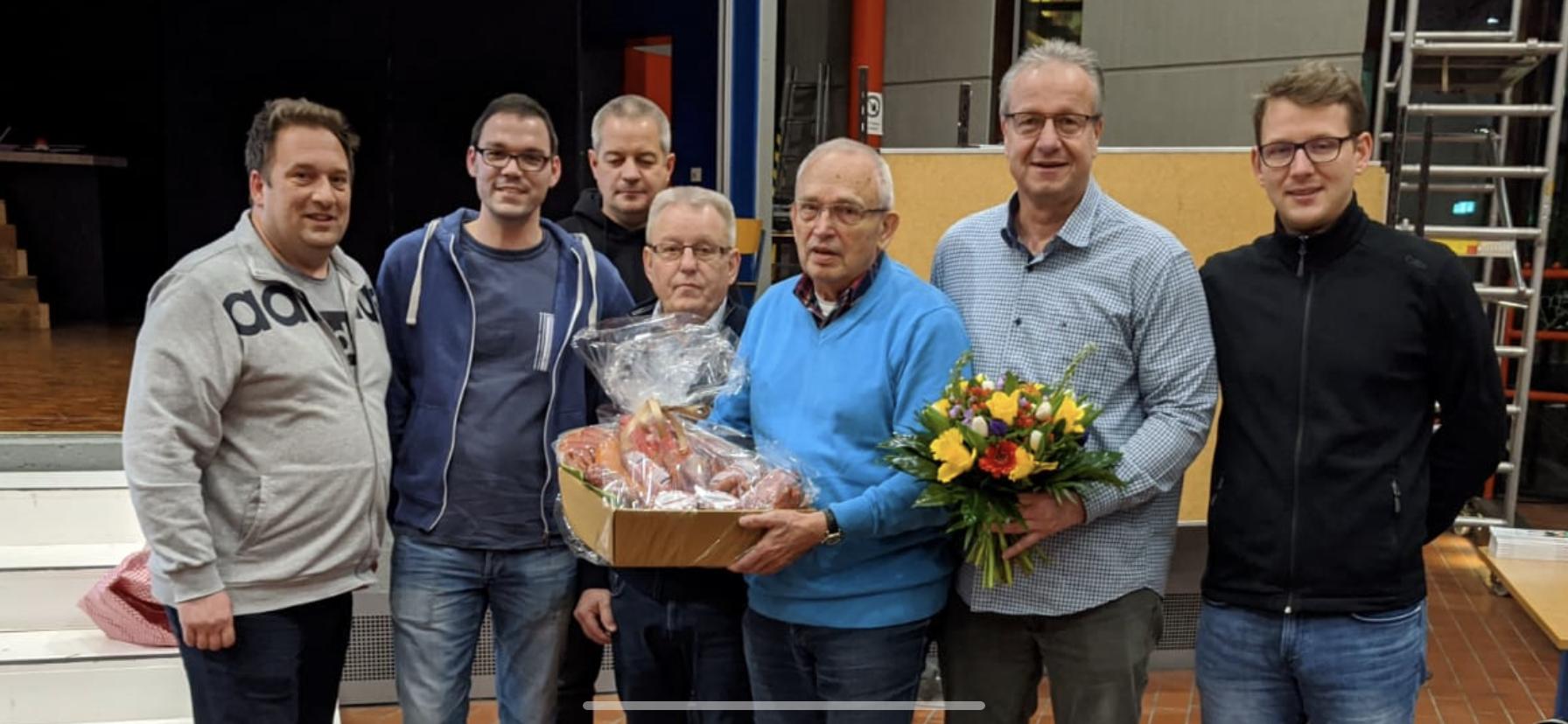 Schiedsrichter feiern 80. Geburtstag von Rolf Kühl