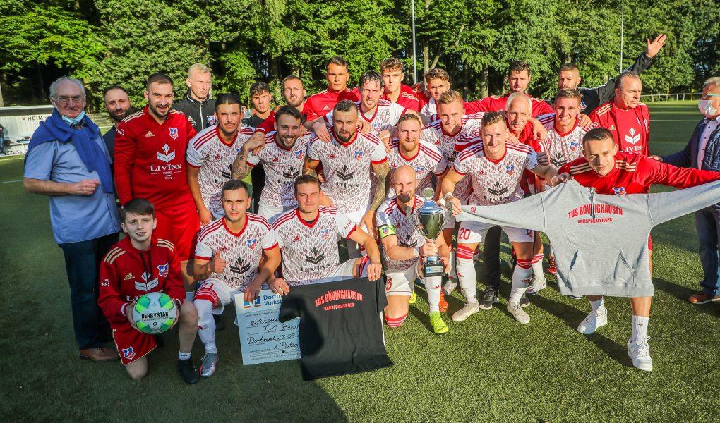3:1 im Finale gegen Mengede 08/20 – Favorit TuS Bövinghausen holt erstmals den Kreispokal